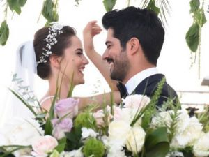Burak Özçivit - Fahriye Evcen... EVLENDİLER!